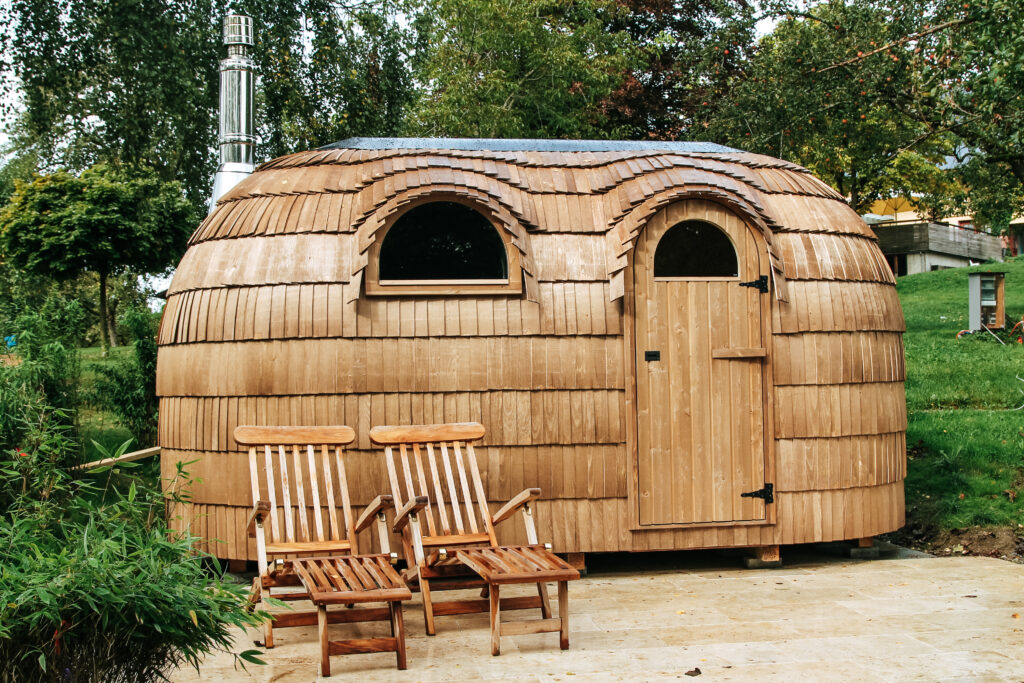 Tiny House aus Holz am Bodensee